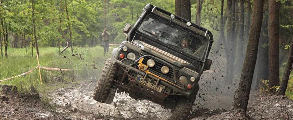 Servis vozů Land Rover, renovace, diagnostika, přestavby